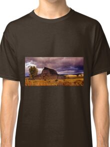 Stormy Sunset at Moulton Barn Classic T-Shirt