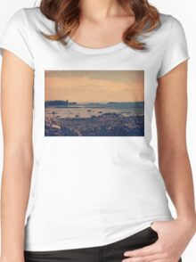 Islands Women's Fitted Scoop T-Shirt