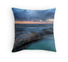 Sunrise Sunrays - Nth Curl Curl Tidal Pool Throw Pillow