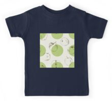 seamless pattern made of scattered decorative apples Kids Tee