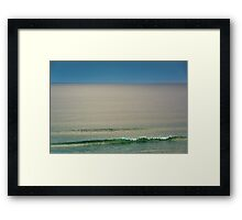 Single wave Framed Print