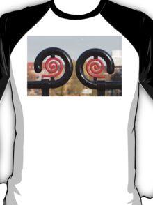 hypnotizing T-Shirt