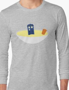 Fishfingers and Custard Long Sleeve T-Shirt