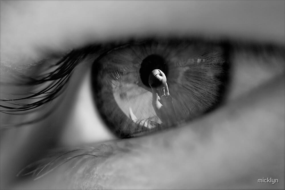 Apple of her eye by micklyn