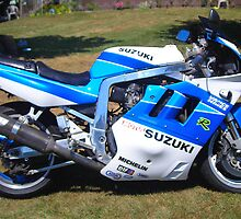 GSXR 750 by Lauryn Guyer