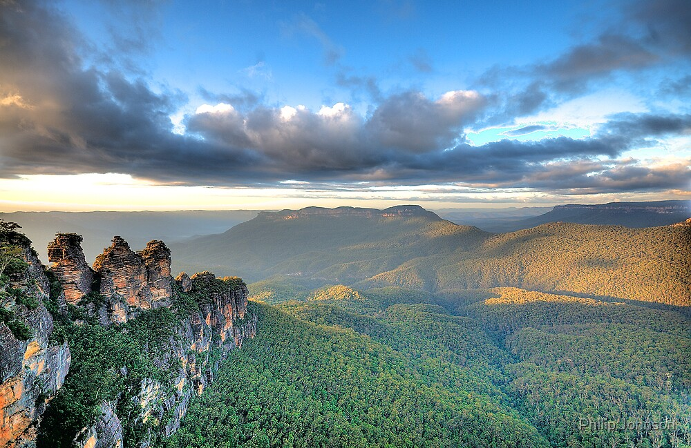 Sisters With A View - Blue Mountains World Heritage by Philip Johnson