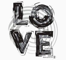 Love, black and white. T-Shirt