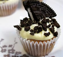 cookies and cream by Jo Morcom