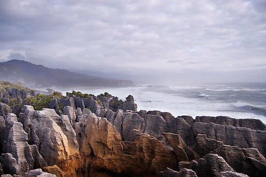 Pancake Rocks by Robert Scammell