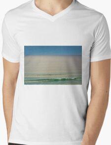 Single wave Mens V-Neck T-Shirt