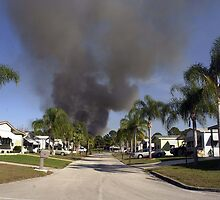 Woods fire threatens trialer park by Larry  Grayam