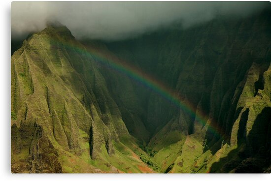 Napali Rainbow, Kauai by Stephen Vecchiotti