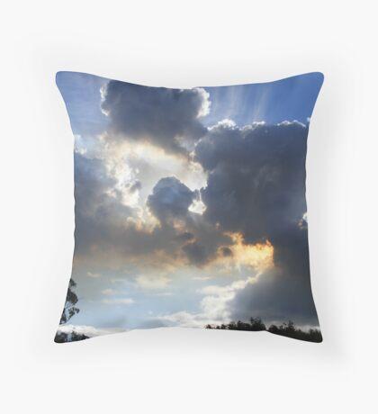 sky  clouds bushfire  burn-off smoke - Throw Pillow