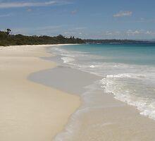 Iluka Beach by vwarfield