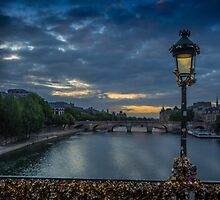 Pont des Arts by mlphoto