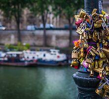 Love Locks by mlphoto