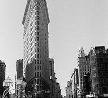 Flatiron building by thonycity