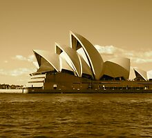 opera house by jonnywalker