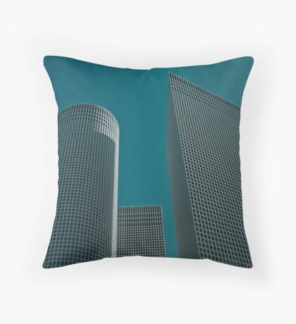abstracting realty Throw Pillow