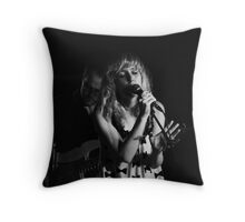 Taking centre stage Throw Pillow