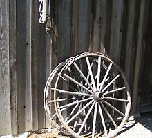 Wooden wheel by Kadava