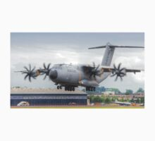 Airbus A400M Atlas Landing - Farnborough 2014 T-Shirt