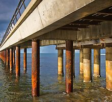 Under the pier - Lorne by Hans Kawitzki