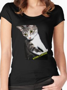 Kitten Curious Women's Fitted Scoop T-Shirt