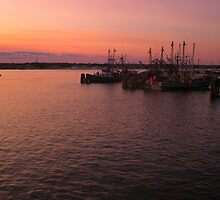 Harbor RI by introspectionx
