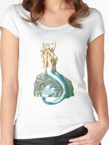 Mermaid on the Rocks Women's Fitted Scoop T-Shirt