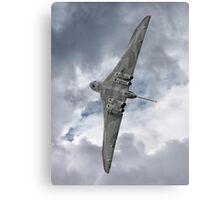 Pulling G - Vulcan - Valedation Display - Farnborough 2014 Canvas Print