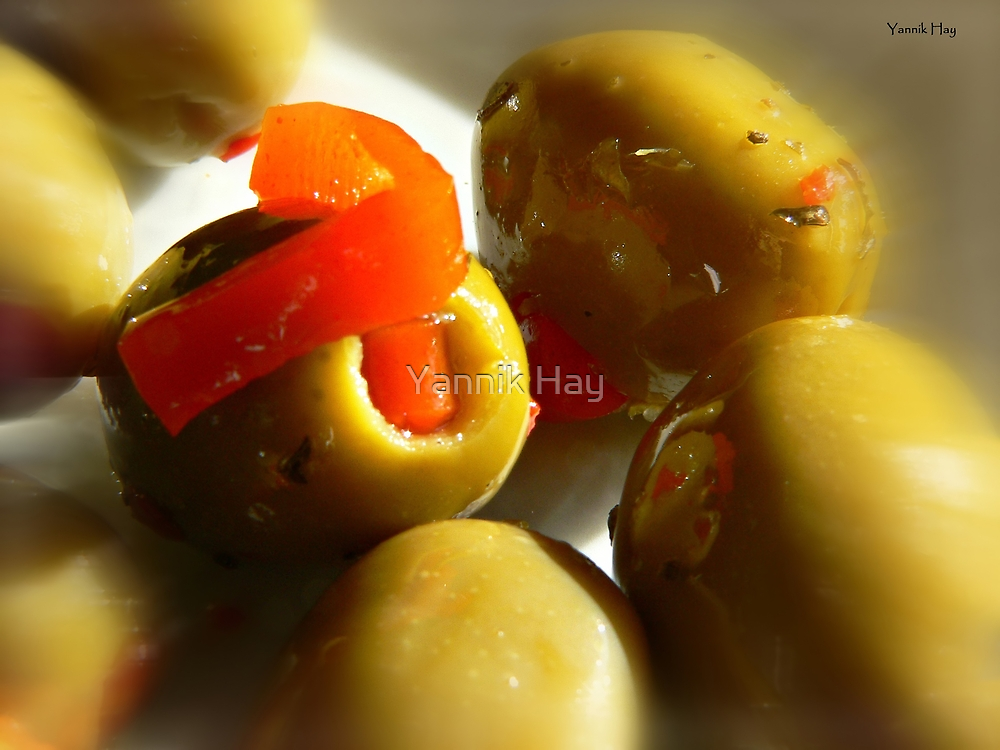 Olives by Yannik Hay