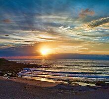 Maroubra sunrise by Alex Howen