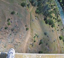 over the edge {{{ DO NOT TRY THIS!  IT'S AN ILLUSION!!  }}} by Lenny La Rue, IPA