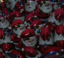 Blow Up... starring S. Claus by pix-elation