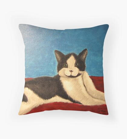 Momo the Cat Throw Pillow