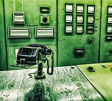 phone in control room by novopics
