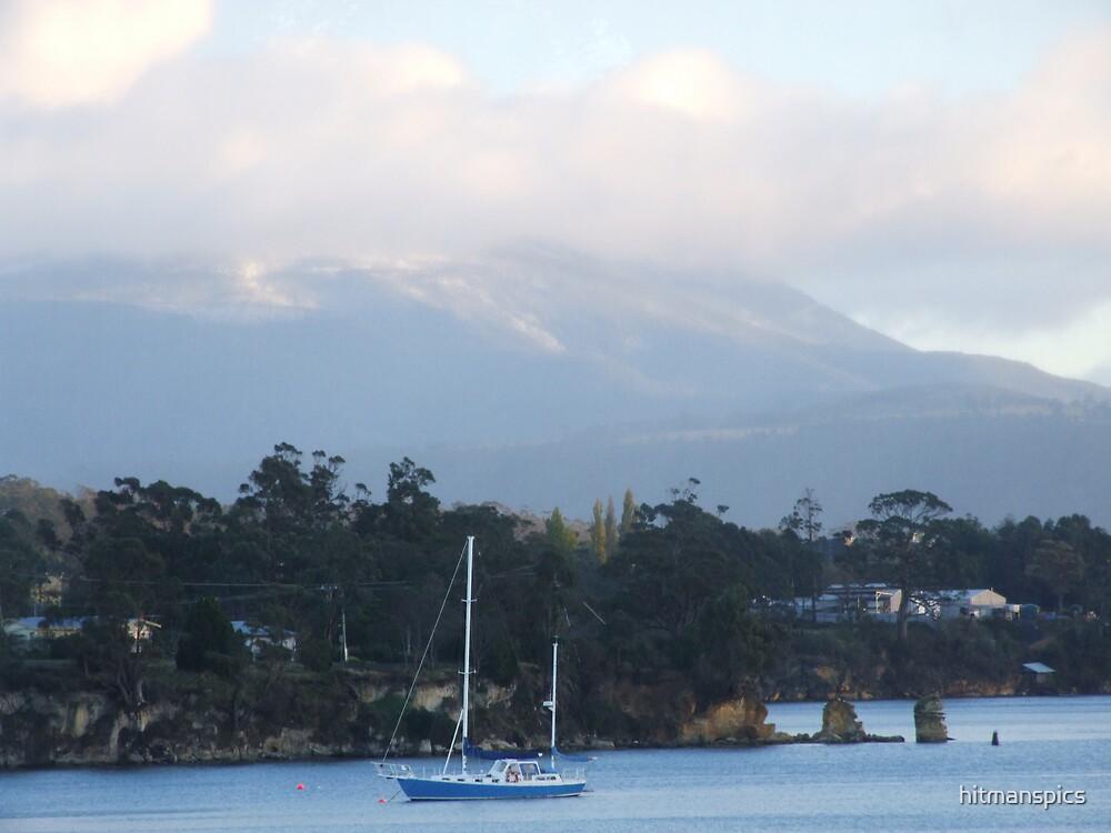 Wintery mountain by hitmanspics
