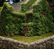 Gostwyck Church by Rodney Wratten