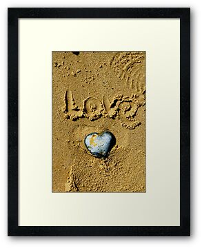 Pebble Heart. dedicated to Simon.  by Karen  Betts