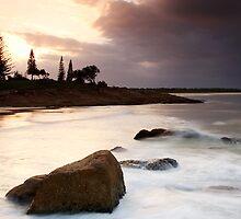 South West Rocks II by Gareth Bowell