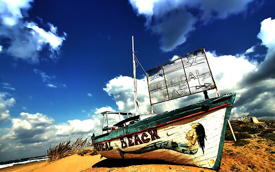 Tropical Beach Bar by hannamonika