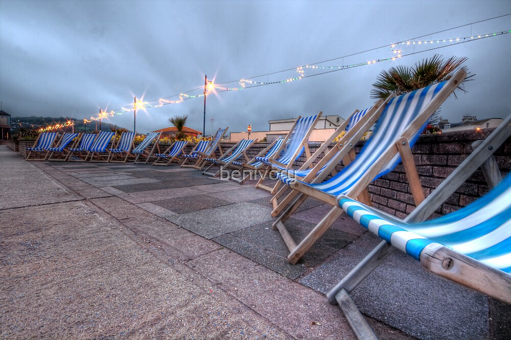 Teignmouth deckchairs by benivory
