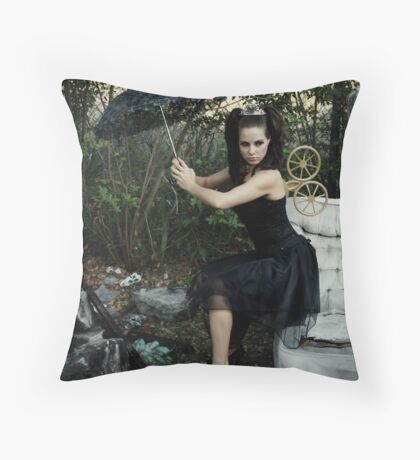 wind up doll Throw Pillow