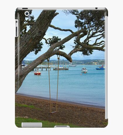 Peaceful Russell.........! iPad Case/Skin