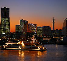 Yokohama Bay at Sunset by jasonrow