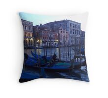 twighlight in venice Throw Pillow