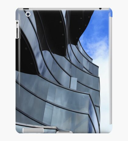 Office Building in Quito iPad Case/Skin