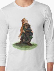 Kiliel: Tauriel and Kili from the Hobbit on a Tree Stump Long Sleeve T-Shirt