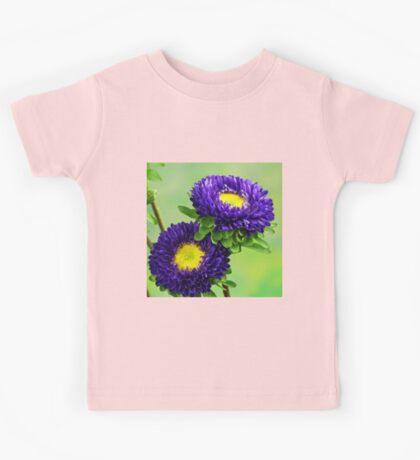 Blue flowers Kids Tee
